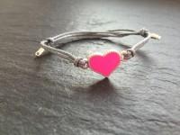 Wowzers Baumwolle Armband in Grau - Herz in Pink